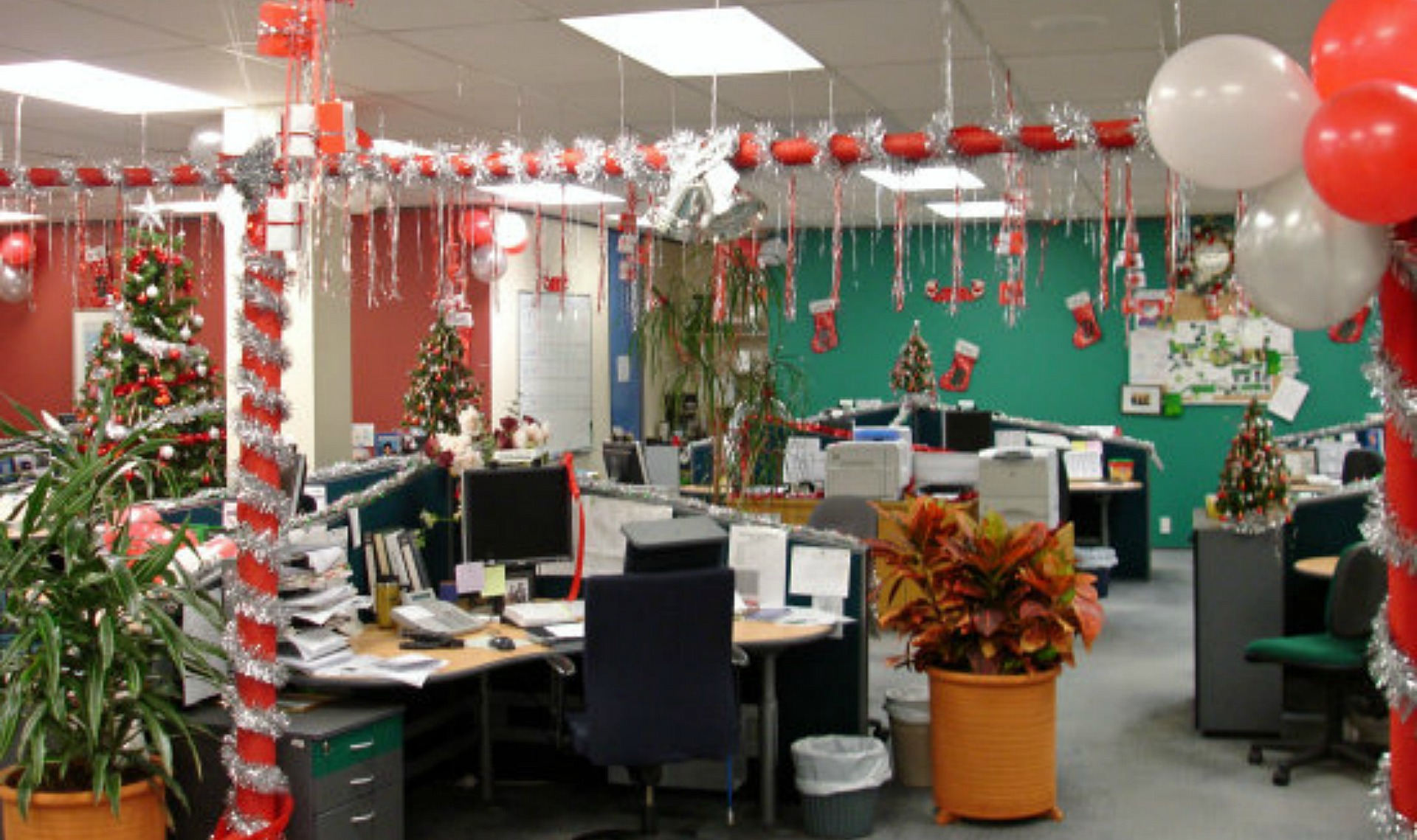 D co bureau noel exemples d 39 am nagements - Decoracion navidena oficina ...