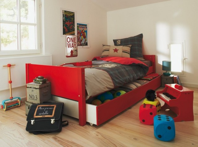 d co chambre garcon 9 ans exemples d 39 am nagements. Black Bedroom Furniture Sets. Home Design Ideas