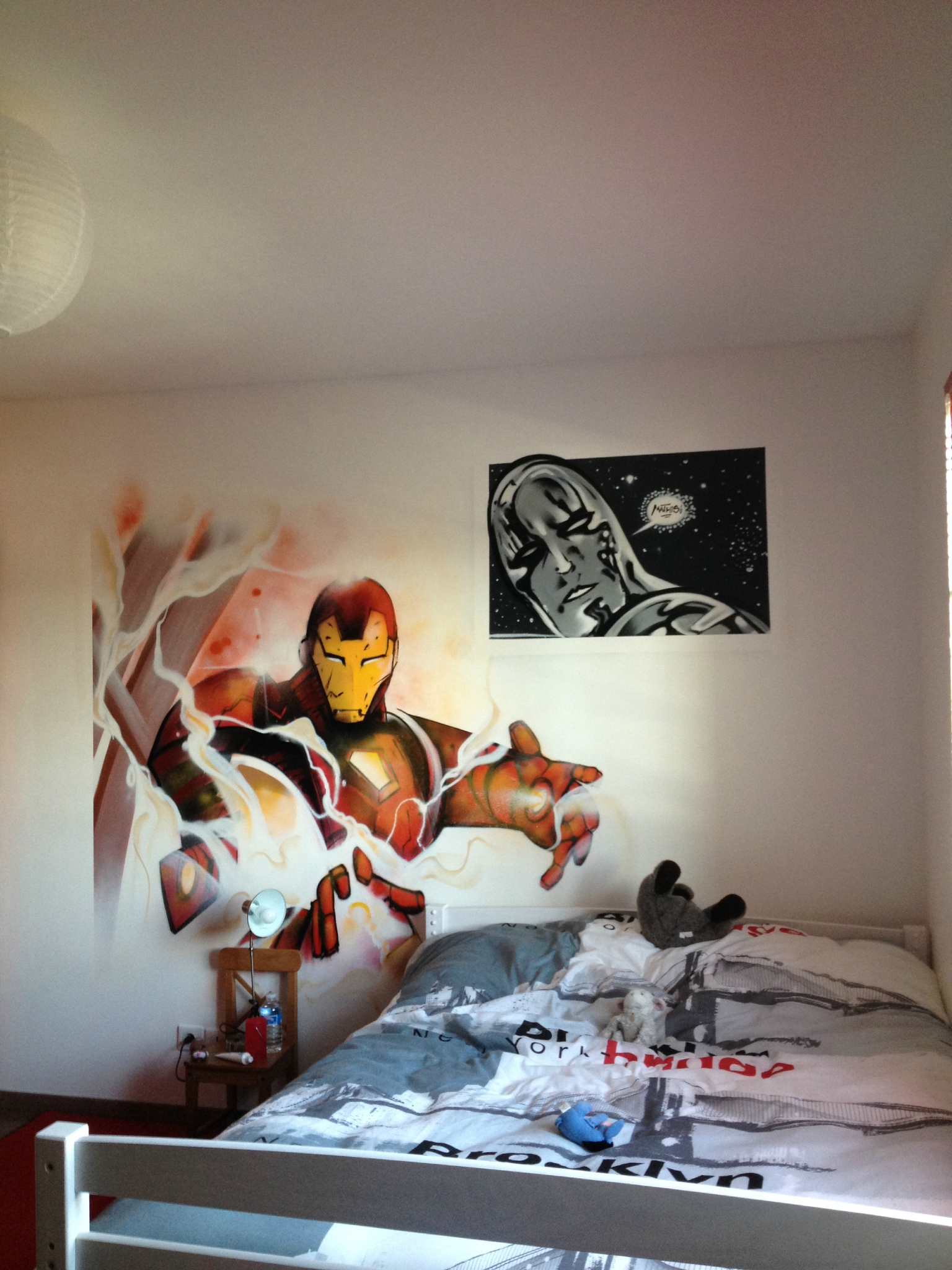 d co chambre garcon iron man exemples d 39 am nagements. Black Bedroom Furniture Sets. Home Design Ideas