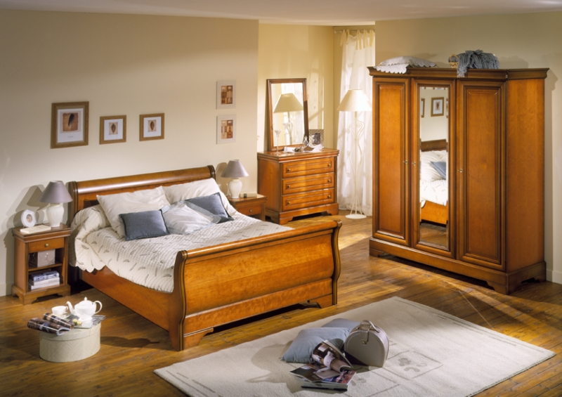 d co chambre meuble ancien exemples d 39 am nagements. Black Bedroom Furniture Sets. Home Design Ideas
