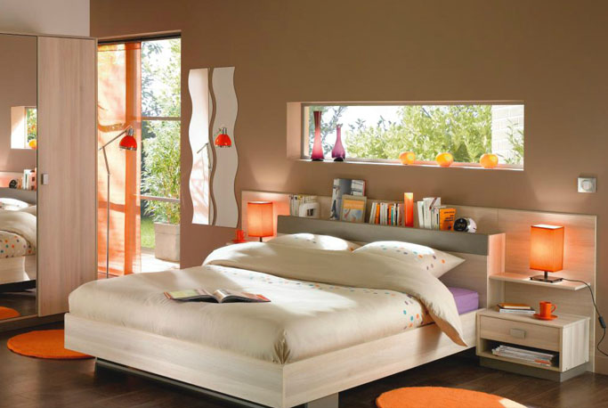d co chambre orange marron exemples d 39 am nagements. Black Bedroom Furniture Sets. Home Design Ideas