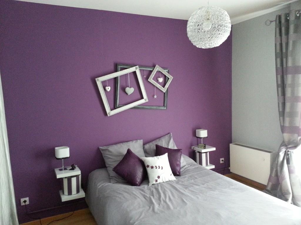 Déco chambre parme et blanc - Exemples d\'aménagements