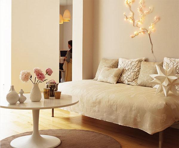 décoration salon rouge et beige  DECORATIONGuide