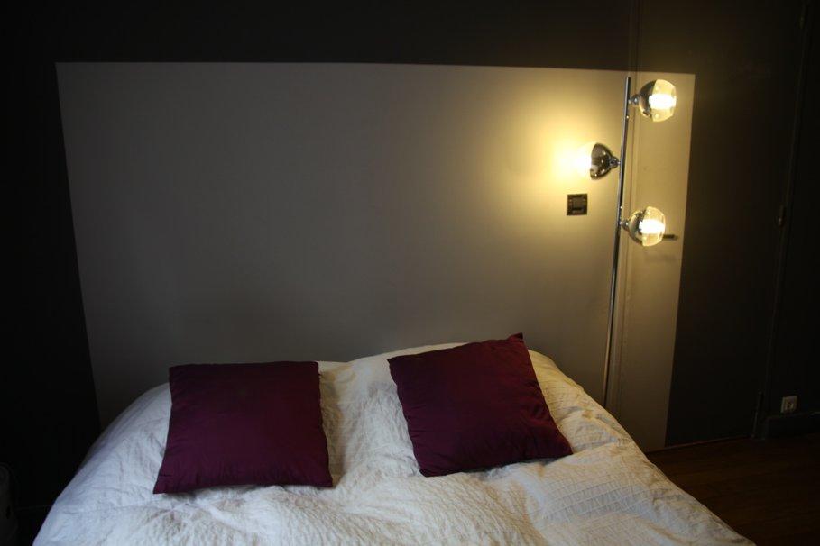 D co chambre taupe aubergine exemples d 39 am nagements - Chambre aubergine et gris ...