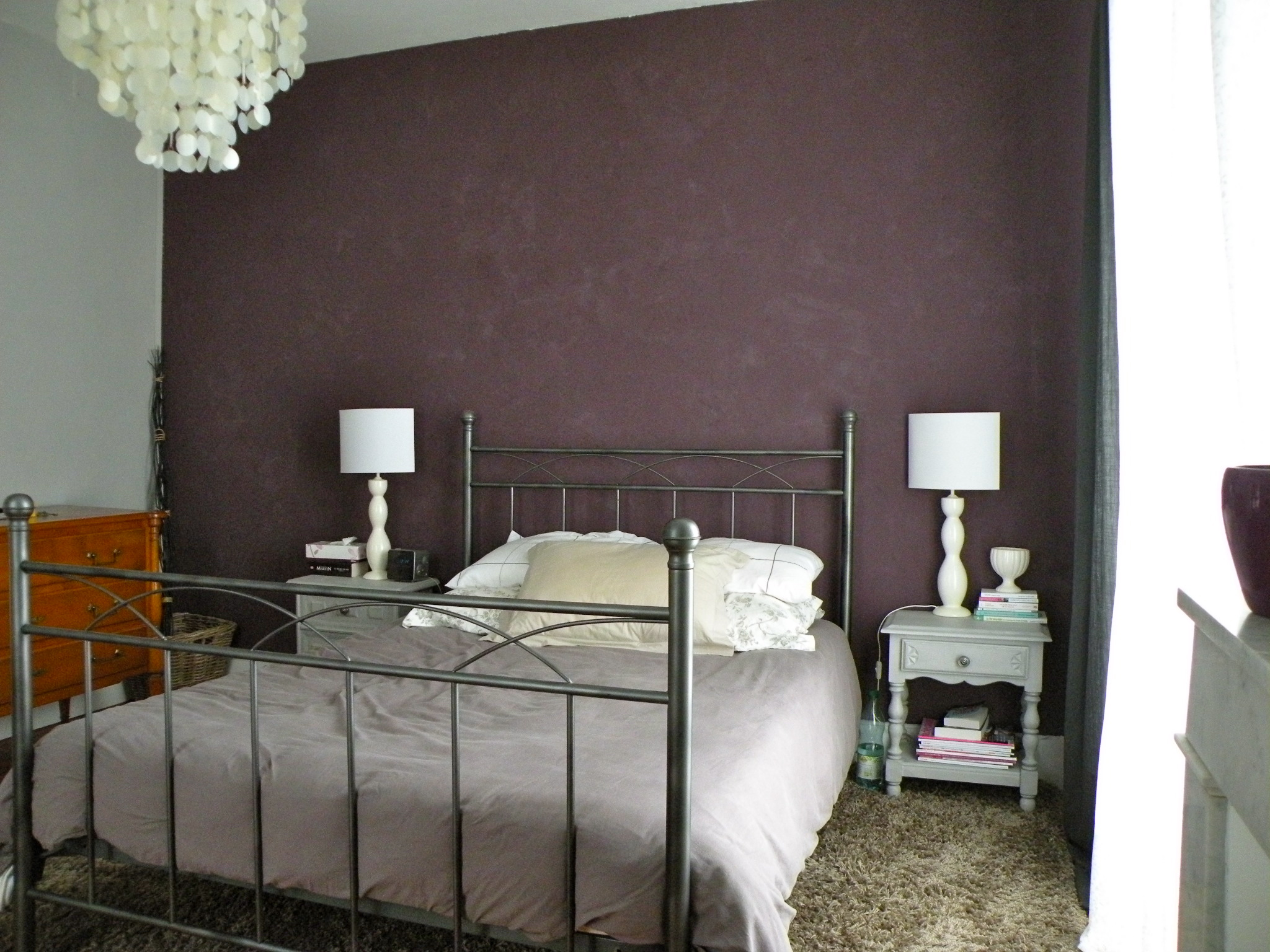 d co chambre taupe aubergine. Black Bedroom Furniture Sets. Home Design Ideas