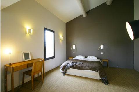 D co chambre taupe et gris exemples d 39 am nagements - Deco chambre zen gris ...