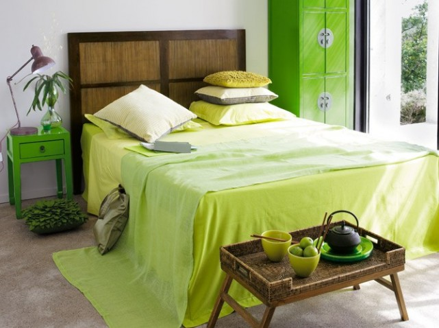 d co chambre vert et jaune exemples d 39 am nagements. Black Bedroom Furniture Sets. Home Design Ideas