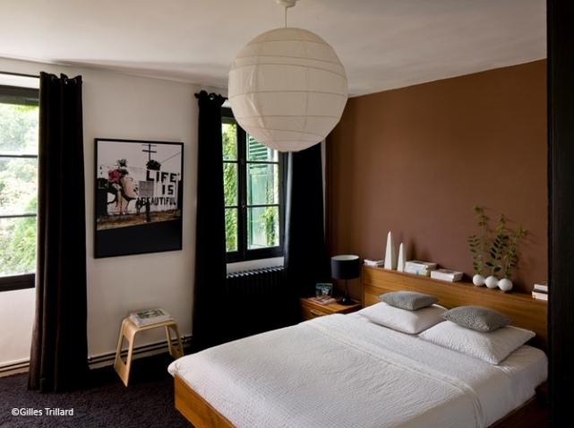 d co chambre zen marron exemples d 39 am nagements. Black Bedroom Furniture Sets. Home Design Ideas