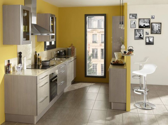 D co cuisine jaune et gris exemples d 39 am nagements for Deco cuisine traditionnelle