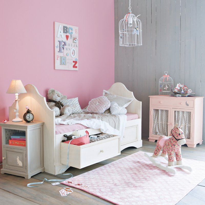 d co fille maison du monde exemples d 39 am nagements. Black Bedroom Furniture Sets. Home Design Ideas