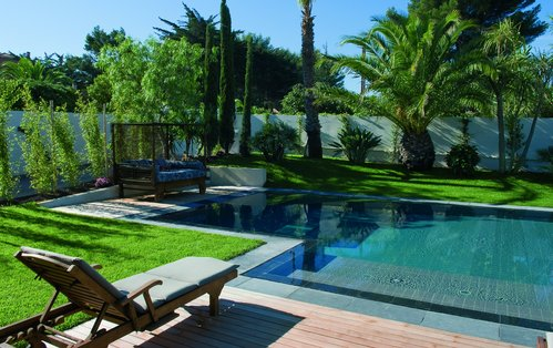 D co jardin avec piscine exemples d 39 am nagements for Jardin piscine deco