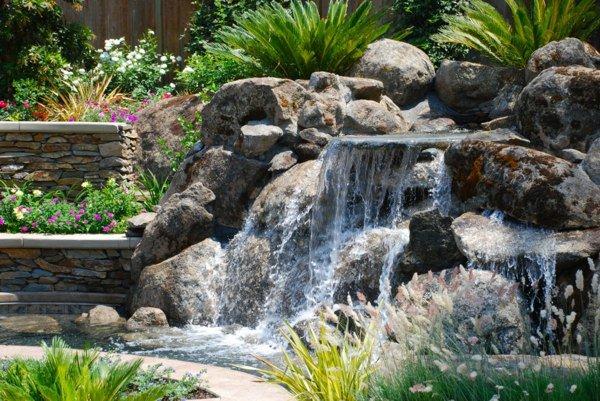 D co jardin cascade exemples d 39 am nagements - Cascade bassin jardin ...