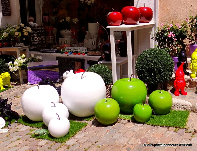 D co jardin colore exemples d 39 am nagements - Exemple de decoration de jardin ...