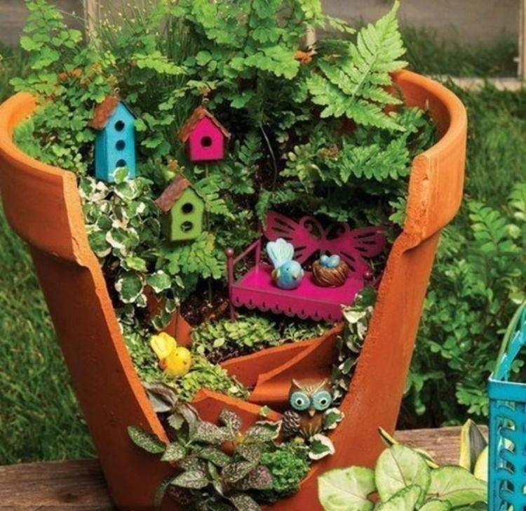 D co jardin en terre cuite exemples d 39 am nagements for Decoration jardin terre cuite
