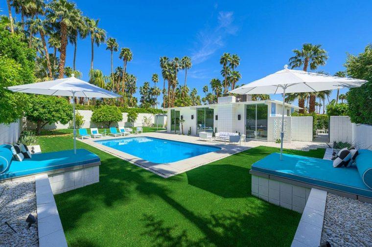 D co maison avec piscine exemples d 39 am nagements for Maison sims 4 piscine