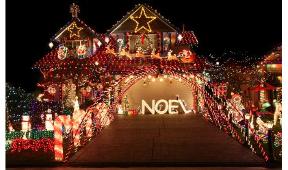D co maison de noel exterieur exemples d 39 am nagements for Decoration noel exterieur d occasion