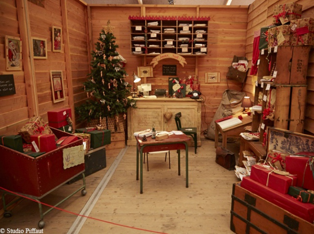 D co maison du pere noel exemples d 39 am nagements for Pere noel decoration interieur