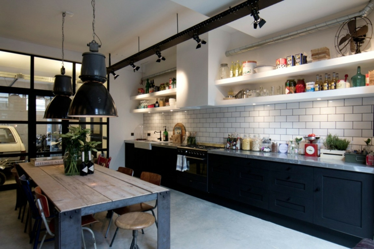 d co maison usine. Black Bedroom Furniture Sets. Home Design Ideas