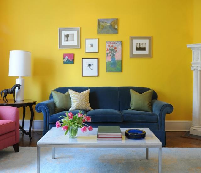 idée déco salon bleu et jaune