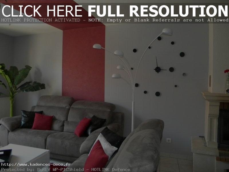 Déco salon gris blanc et rouge - Exemples d\'aménagements