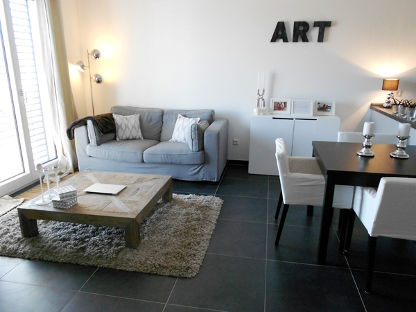 D co salon petit appartement exemples d 39 am nagements for Decoration salon appartement