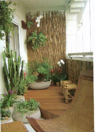 d co zen pour balcon exemples d 39 am nagements. Black Bedroom Furniture Sets. Home Design Ideas
