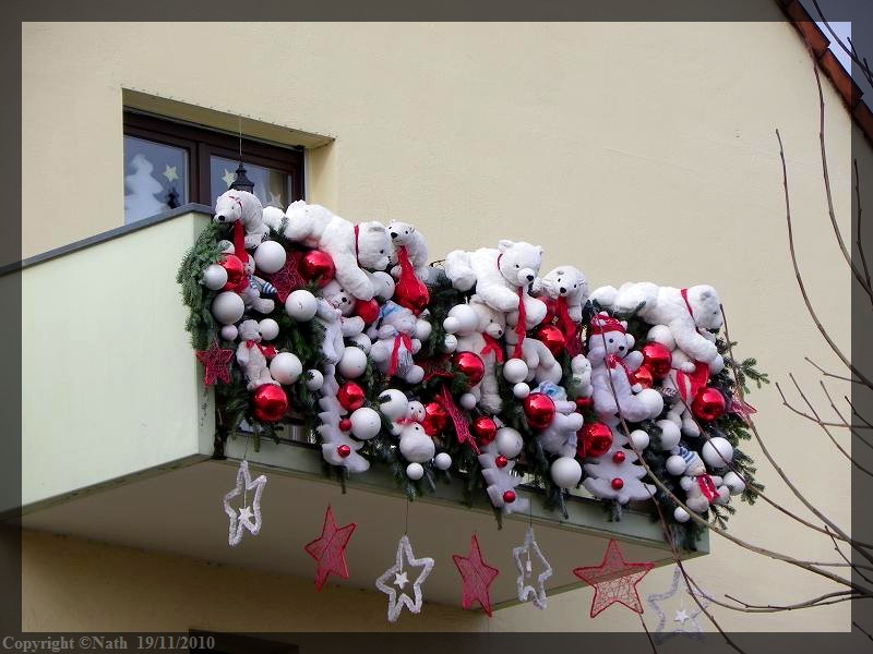 D coration balcon pour noel exemples d 39 am nagements for Decoration noel exterieur d occasion