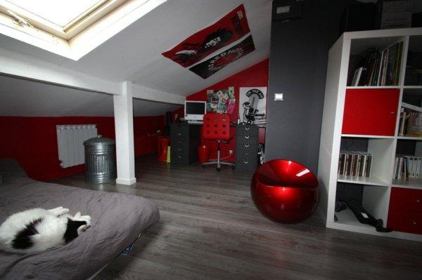 Décoration chambre rouge et gris - Exemples d\'aménagements
