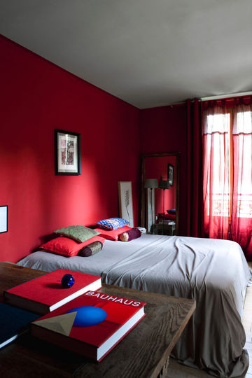 chambre bleu gris rouge avec des id es. Black Bedroom Furniture Sets. Home Design Ideas