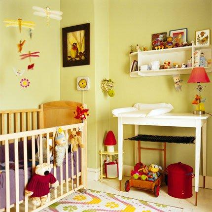 modèle décoration chambre vert amande