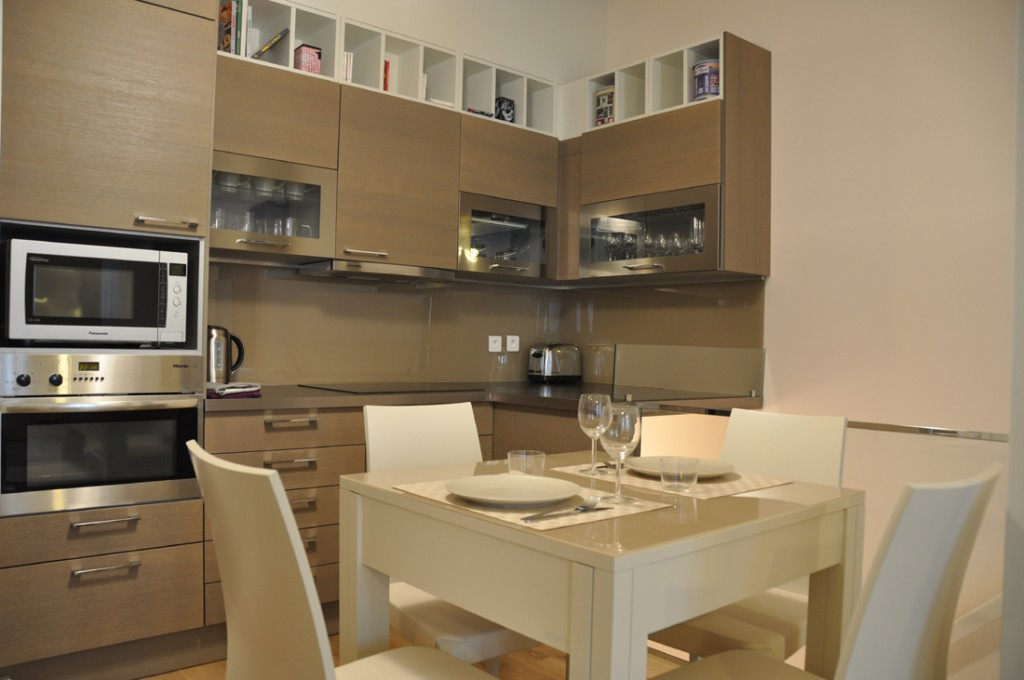 D coration cuisine d 39 appartement exemples d 39 am nagements for Amenagement petite cuisine appartement