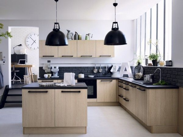 cuisine bleu nuit meuble de cuisine candide bleu nuit castorama je fonds pour une cuisine. Black Bedroom Furniture Sets. Home Design Ideas