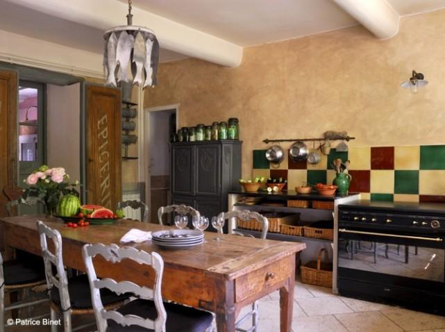 d coration cuisine fermette exemples d 39 am nagements. Black Bedroom Furniture Sets. Home Design Ideas