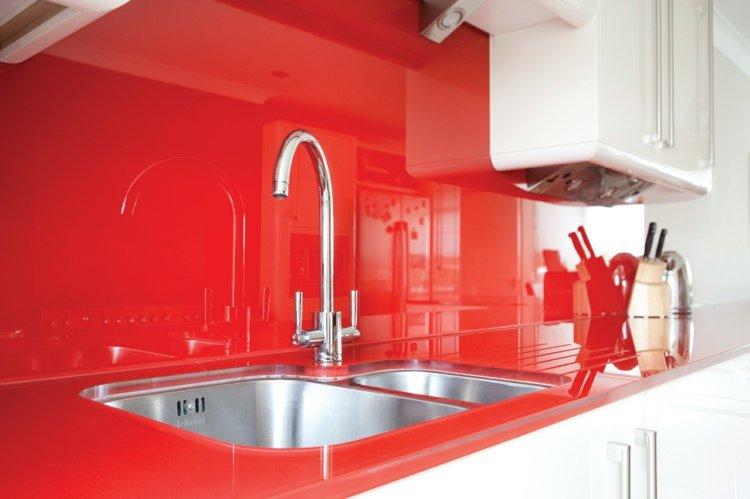 D coration cuisine rouge et blanc exemples d 39 am nagements - Cuisine rouge et blanc ...