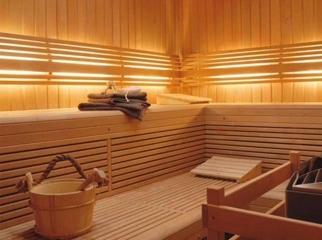 d coration hammam salle de bain exemples d 39 am nagements. Black Bedroom Furniture Sets. Home Design Ideas