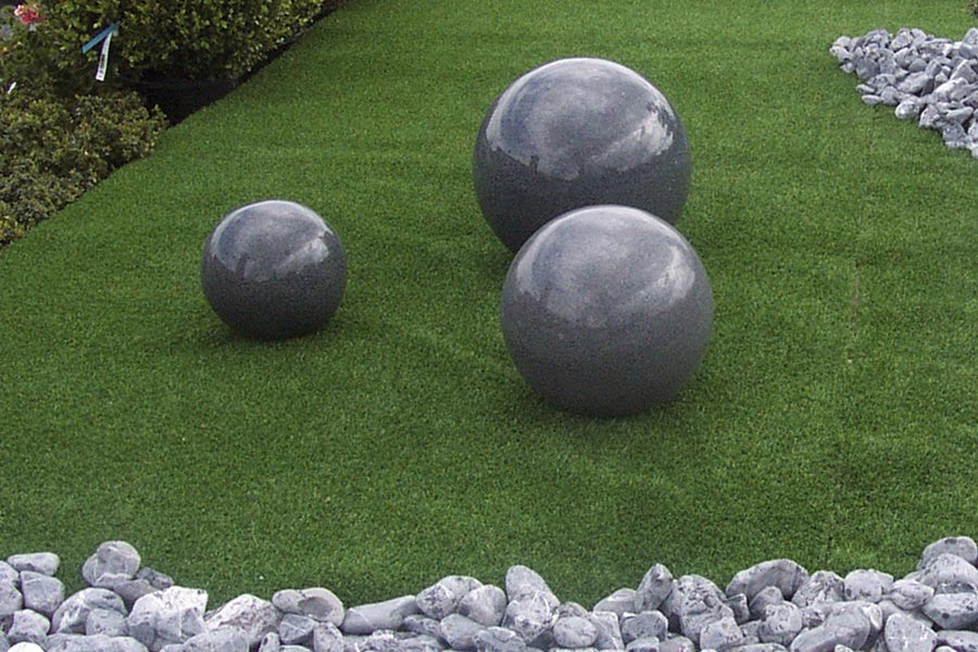 D coration jardin boule exemples d 39 am nagements for Boule deco jardin