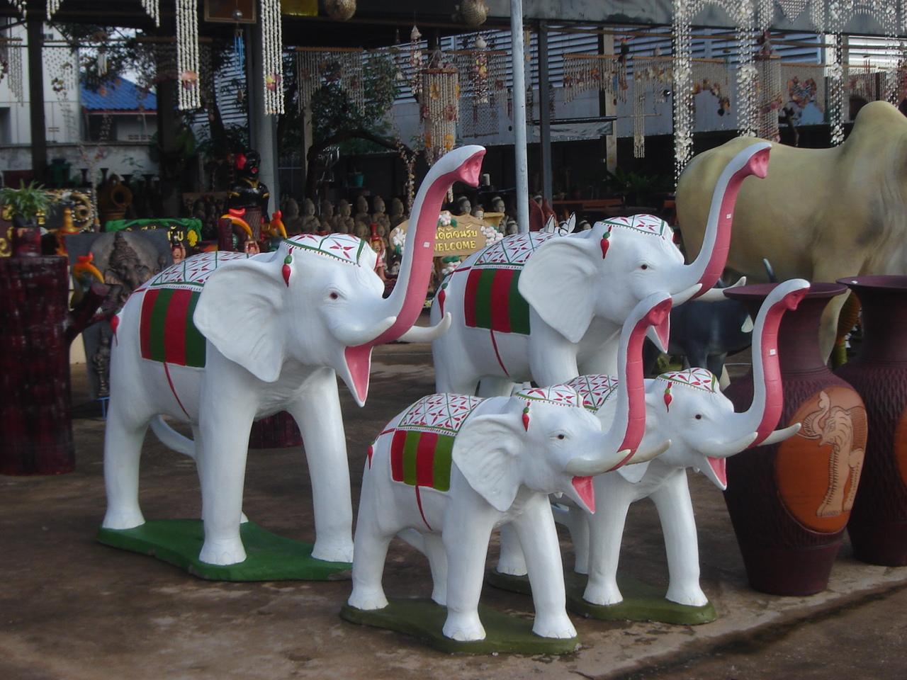 décoration jardin elephant