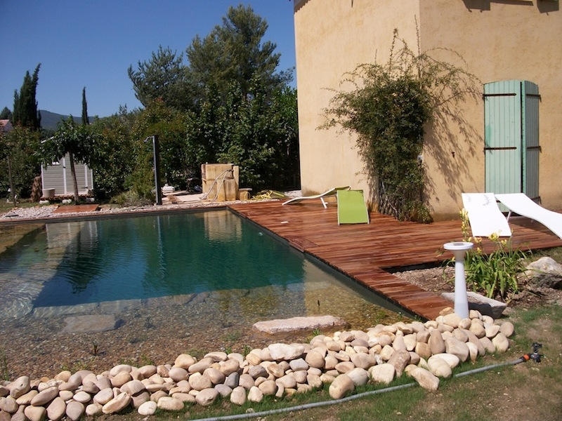 D coration jardin et piscine exemples d 39 am nagements for Exemple de decoration de jardin