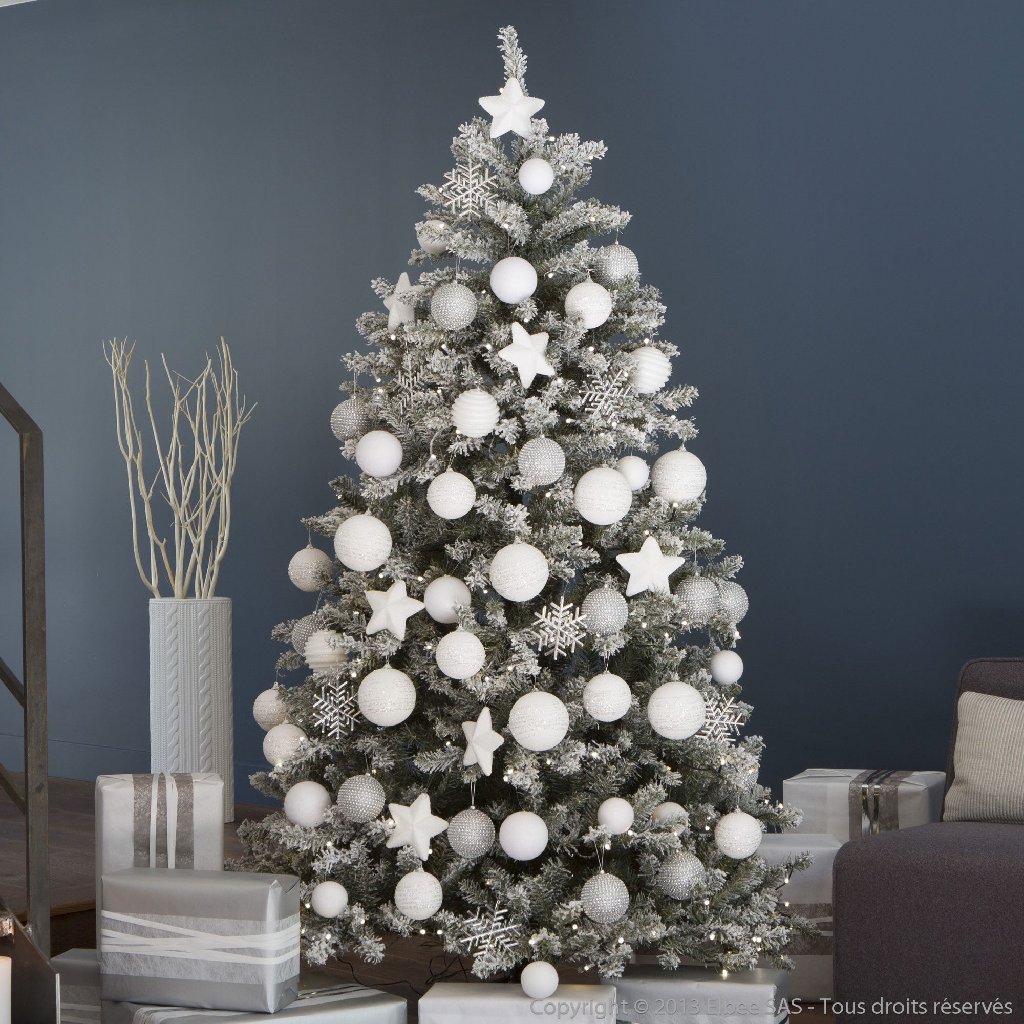 Sapin de noel artificiel blanc for Decoration de noel sapin