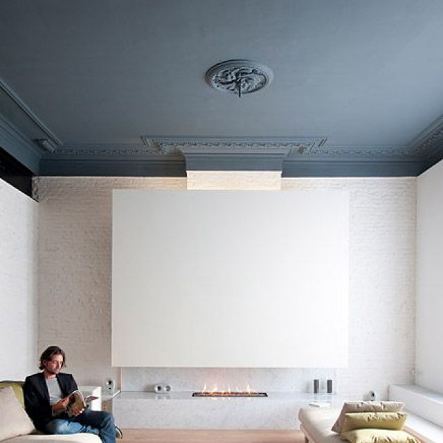 Plafond maison stunning grande pice vivre veilleins with for Maison staff plafond