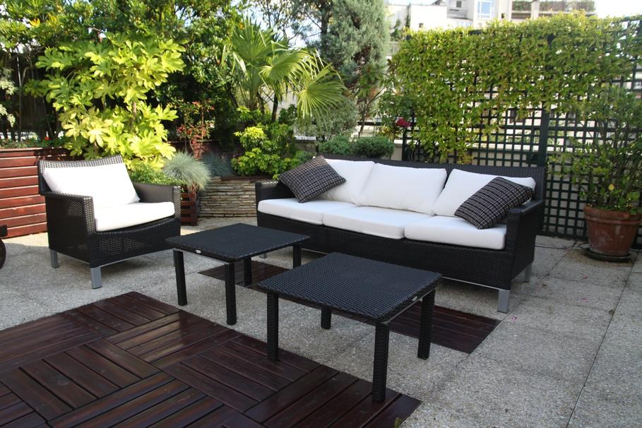d coration mur de terrasse exemples d 39 am nagements. Black Bedroom Furniture Sets. Home Design Ideas