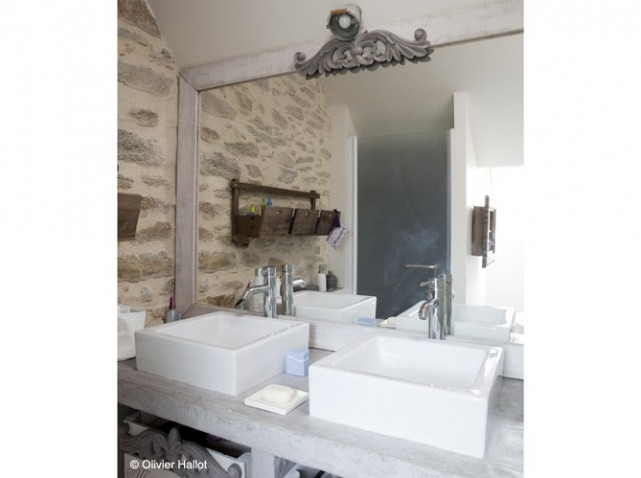 D coration salle de bain mur exemples d 39 am nagements for Decoration mur salle de bain