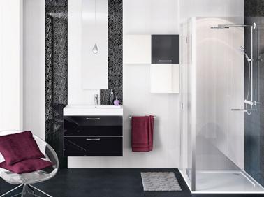 D coration salle de bain noir exemples d 39 am nagements - Decoration de salle de bain ...