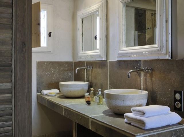 salle de bain moderne travertin d coration salle de bain pierre exemples d am nagements - Salle De Bain Pierre De Travertin